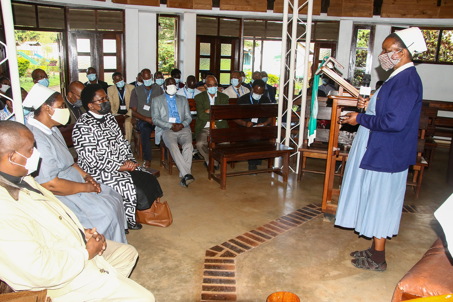 Director of the Lutheran Sisters' Convent Ushirika wa Neema Sister Elistaha Mlay briefs EECMY and LWF delegates on the work of their community. E.Adolph/ELCT