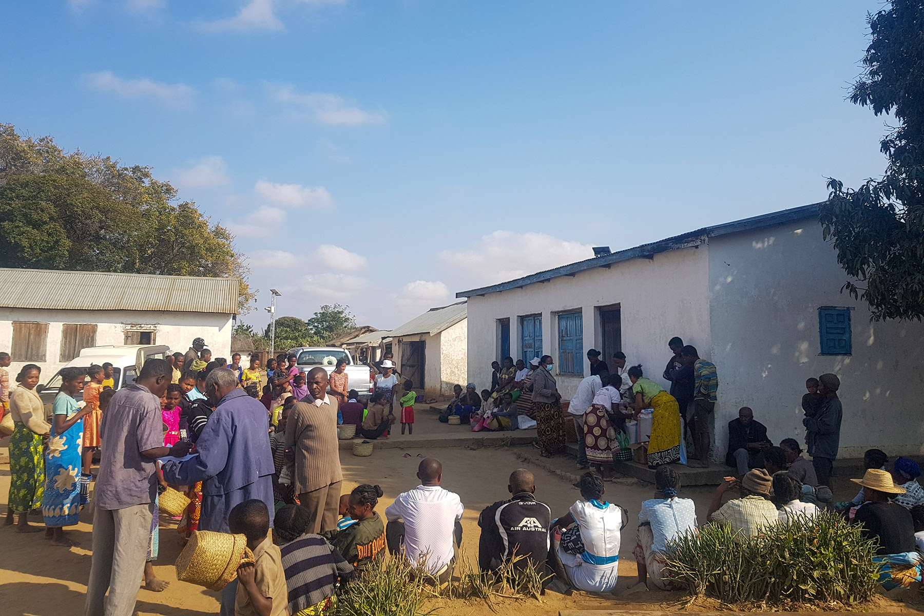 Locals waiting for the Malagasy Lutheran Church food distribution to begin in Ihosy, Horombe Synod. Photo MLC