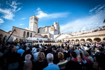 LWF General Secretary Rev. Dr Martin Junge attended the World Day of Prayer for Peace, in Assisi, Italy. Only by relinquishing their greed and perceived freedom to expoit natural resources at will would human beings secure the future of life, he said. Photo: Catholic Community of Sant'Egidio