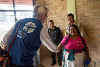 General Secretary Rev. Dr Martin Junge meets with Indigenous people of Pueblo Nuevo, Colombia.  Photo: LWF Colombia/ Diego Álvarez