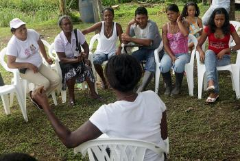 Consultation on a building project in Cacarica, Choco, a community of returned displaced people. Photo: ACT/Sean