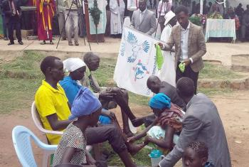 The Ethiopian Evangelical Church Mekane Yesus helps to diffuse tension and reconcile communities in the southwestern region of Gambella. At a recent workshop, trainees washed the feet of a man, woman, youth and child, as a sign of love and respect. Photo: EECMY Peace Office