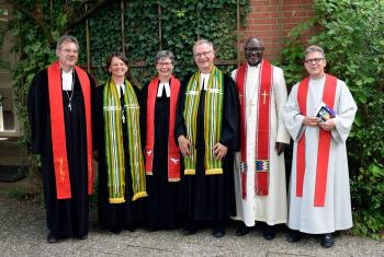 "During his visit to ""Mission EineWelt"" in Neuendettelsau, Germany, LWF President Panti Filibus Musa (2nd from right) also participated in the church service together with the center's directors (from left) Hanns und Gabriele Hoerschelmann during which Ulrike und Reinhard Hansen (Head: Mission and Intercultural Studies, Head: Africa Desk) concluded their duties with the center. Claus Heim (Regional Secretary for Tanzania and Kenya) also participated in the service. Photo: Mission EineWelt"