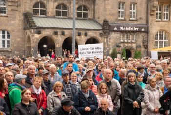 Participants of the demonstration against hate and violence in Chemnitz, Germany. Photo: EVLKS/W.A. Müller-Wähner