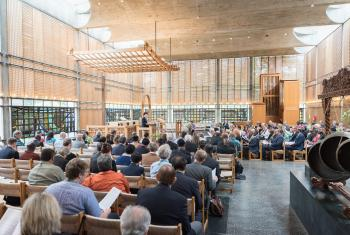 Opening worship of the Central Committee meeting in the chapel of the Ecumenical Centre. Photo: Albin Hillert/WCC.