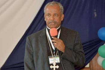 Rev. Dr Wakseyoum Idosa addressing delegates at the LUCCEA General Assembly in Nairobi, Kenya. Photo: ALCINET