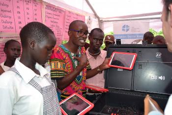Students from LWF's Angelina-Jolie school in Kakuma refugee camp with tablets in computer class. Photo: LWF