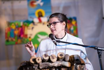 Rev. Lydia Posselt from the Evangelical Lutheran Church in America preaching at the Closing worship of the Twelfth Assembly of the LWF in Windhoek, Namibia. Photo: LWF/Albin Hillert