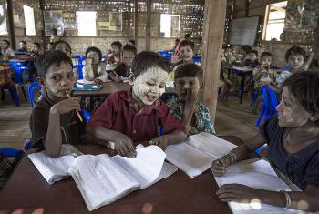 Children wearing the traditional Burmese skin conditioner thanaka in a Temporary Learning Space in Ohn Taw Gyi South camp, Rakhine State. Photo: LWF Myanmar