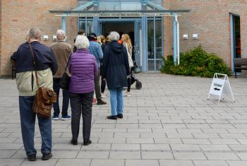 People queuing outside St. Pers Church in Uppsala, Sweden, to cast their vote in the church elections. Photo: Magnus Aronson/Ikon