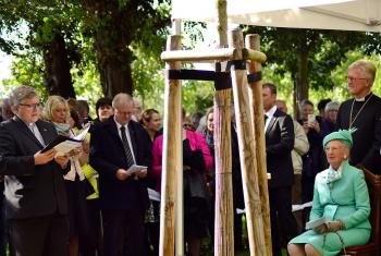 Queen Margrethe II of Denmark attends a tree planting ceremony in the Luther Garden, Wittenberg. Photo: Felix Kalbe