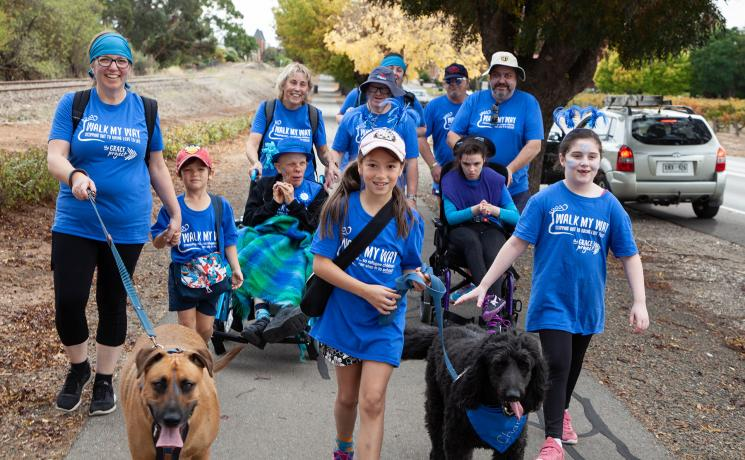 Clients and staff of South Australia's Lutheran Disability Service joined hundreds of participants taking part in a 'Walk My Way' fundraising event through the Barossa Valley on 1 May. All photos: ALWS