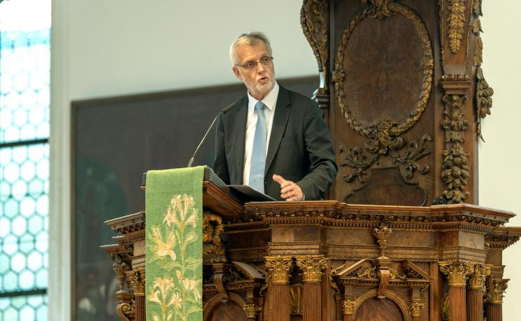LWF General Secretary Rev.Dr Martin Junge, during his speech at the Ausburg symposium. Photo: Augsburg University