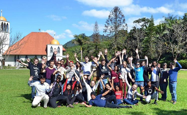 """During the 23rd IECLB Youth Congress, Young Reformers from LWF member churches in the LAC and other regions exchanged information on the """"Living Reformation"""" projects they are implementing in their churches and communities. Photo: Marian Andrea Coy"""