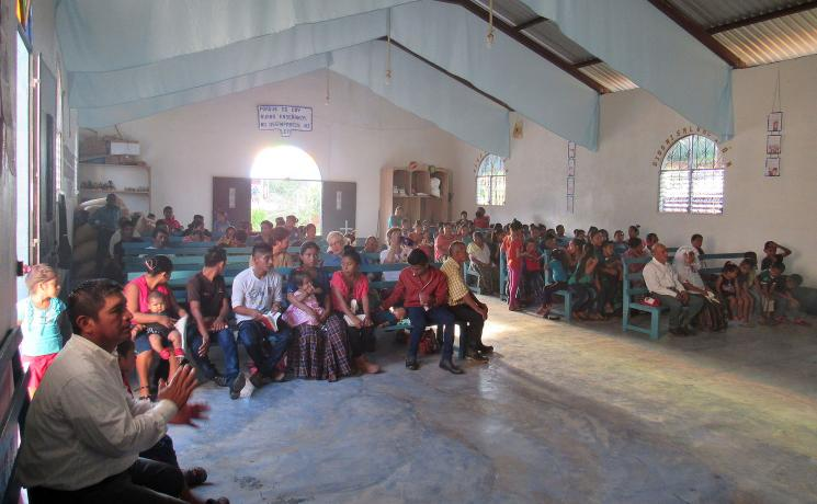 A worship service in a congregation of the Augustinian Lutheran Church of Guatemala. Photo: ILAG