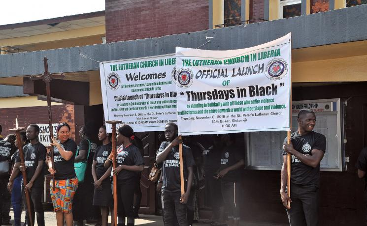 Acolytes of the Lutheran Church in Liberia prepare to lead the march protesting all forms of violence in the Thursdays in Black campaign. All photos: LCL/ Linda Johnson Seyenkulo
