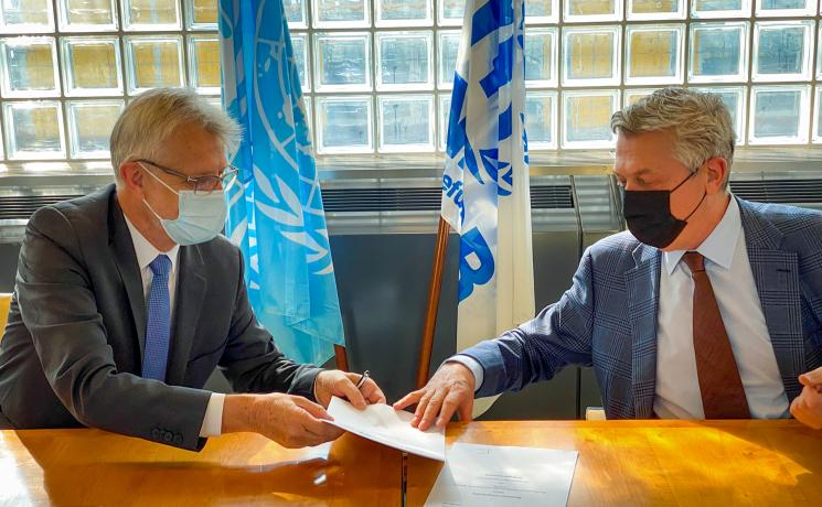 LWF General Secretary Rev. Dr Martin Junge and Mr. Filippo Grandi, UN High Commissioner for Refugees, signed the Memorandum of Understanding. Photo: LWF/A. Danielsson