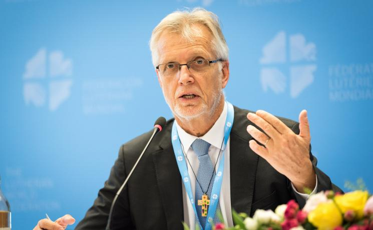 LWF general secretary Rev. Dr Martin Junge speaks at the LWF Council meeting in 2018 . Photo: Albin Hillert/LWF