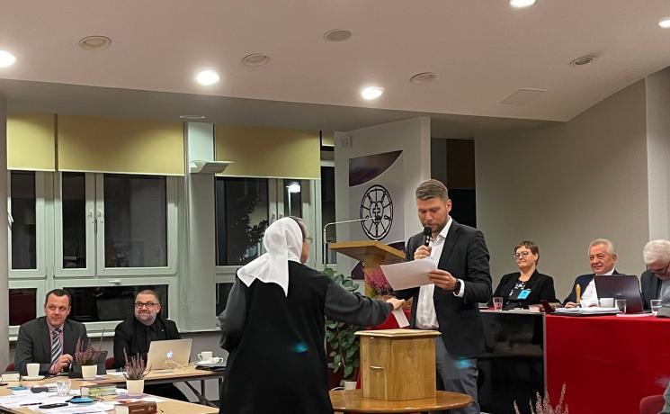 Members of the Synod of the Evangelical Church of the Augsburg Confession in Poland vote to ordain women. Photo: Agnieszka Godfrejów-Tarnogórska