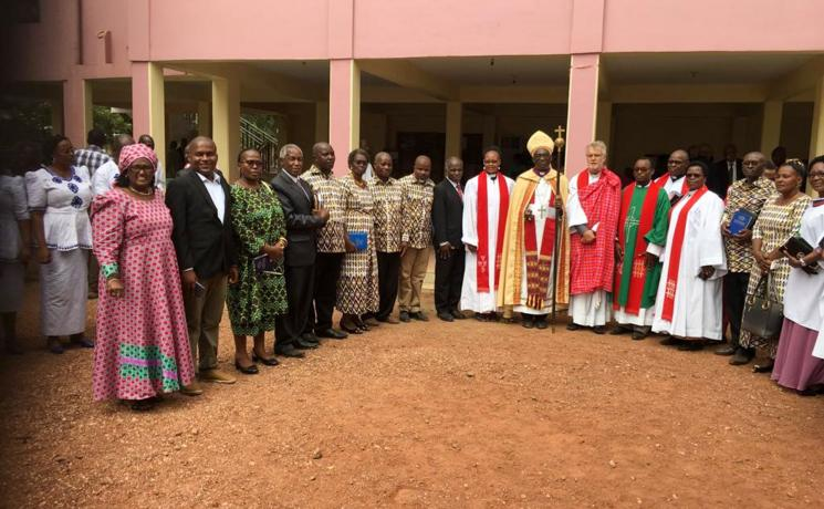 In February 2019, LWF General Secretary Rev. Dr Martin Junge paid a pastoral visit to the ELCT, hosted by Presiding Bishop Dr Fredrick Shoo. The LWF delegation and other ELCT leaders worshipped at the Gezaulole parish in the Northern Diocese. Photo: ELCT