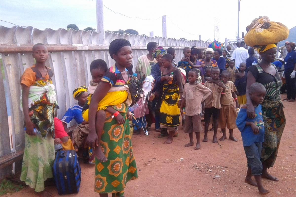 Burundians arrive at the congested Tanzania port of Kagunga. Photo:LWF Burundi
