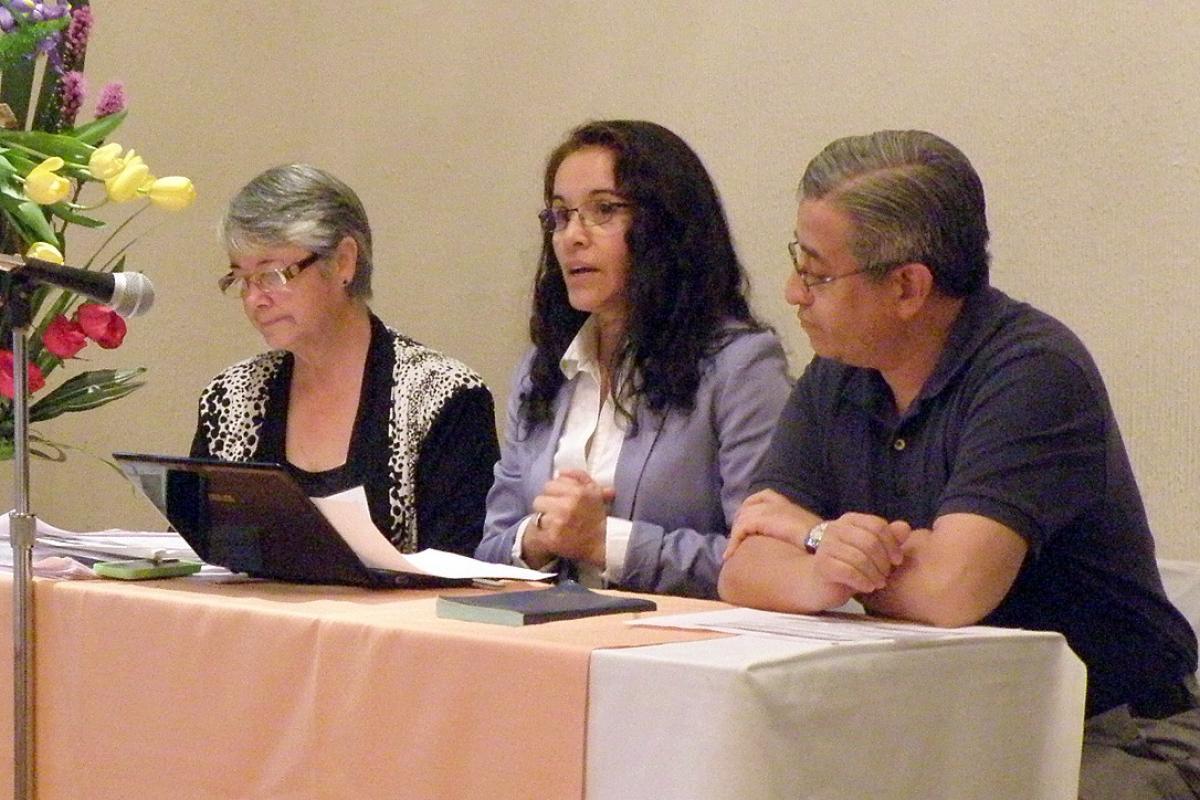 Rev. Gloria Rojas, Rev. Patricia Cuyatti and Bishop Eduardo Martínez. Photo: Adriana Castañeda