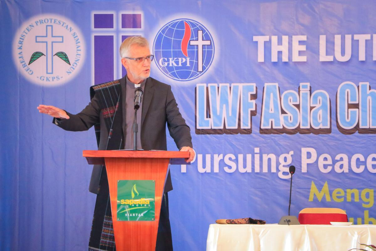 LWF General Secretary, Rev. Dr Martin Junge speaks at the opening session of the Asia Church Leadership Conference in Pematang Siantar. Photo: LWF/Isaac Henry