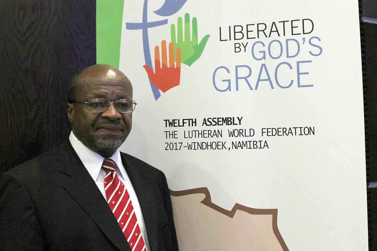 "Rev. Dr Ishmael Noko presented the LWF Assembly theme ""Liberated by God's Grace during the Africa Pre-Assembly in Johannesburg. Photo: LWF/A.Weyermüller"