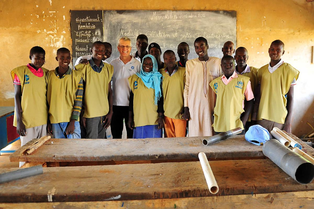 On his visit to Chad, LWF General Secretary Rev. Dr Martin Junge encouraged staff working in the country program, met refugees and host communities and discussed the country's protracted refugee and forgotten humanitarian crisis. Photo: LWF/A. S. Daníelsson