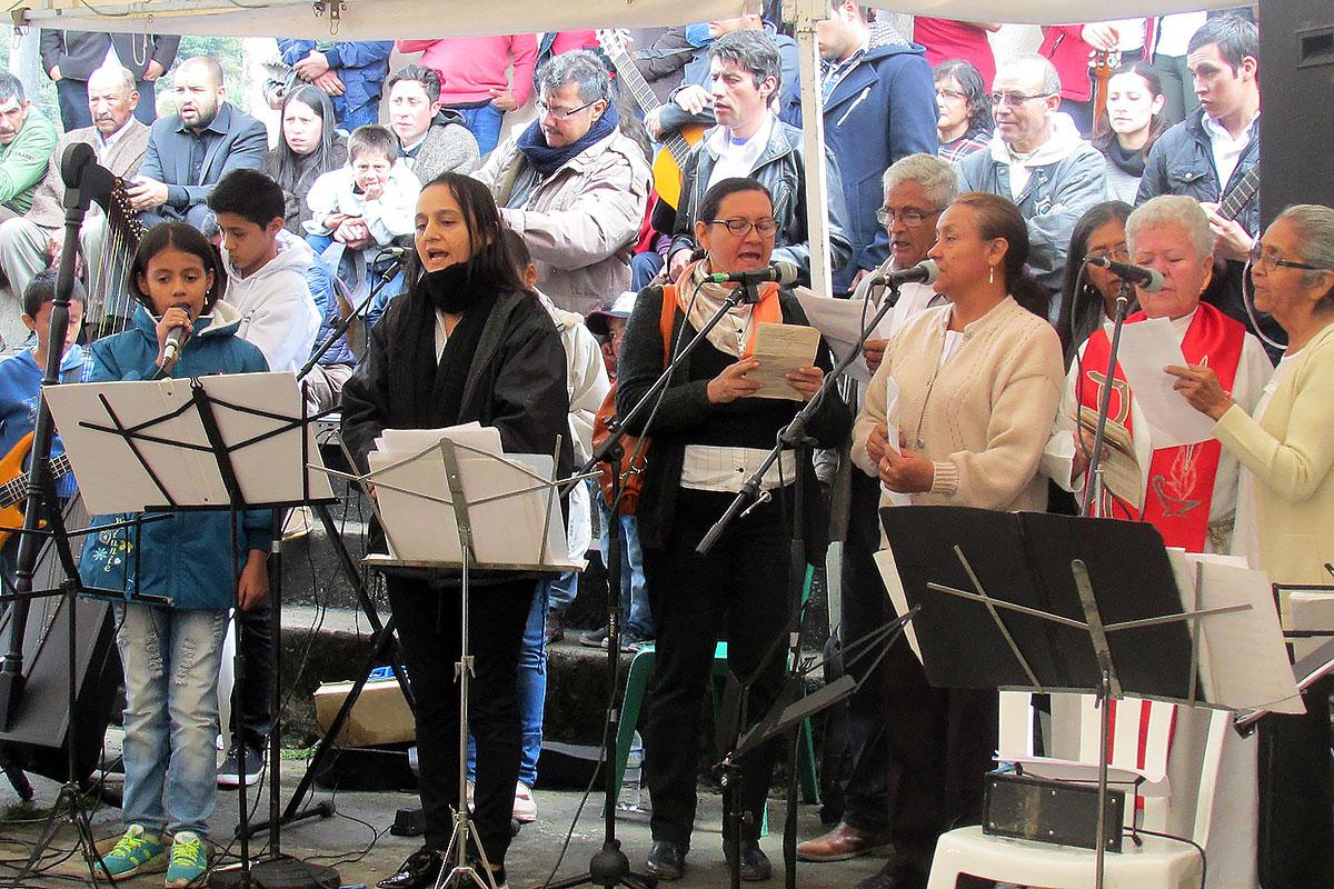 Singing during IELCO's festive service in Cimarrona village, eastern Colombia. Photo: IELCO