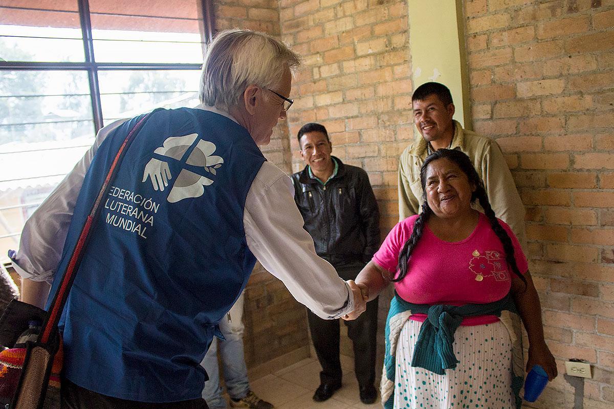 General Secretary Rev. Dr Martin Junge meets with Indigenous people of Pueblo Nuevo, Colombia.  Photo: LWF Colombia/ Diego Álvarez