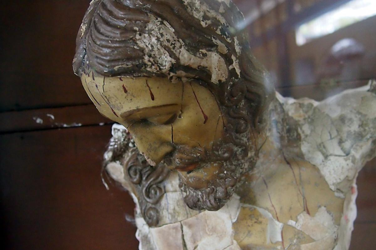 The torso of the crucifix in the church of Bojayá, Colombia. The explosion which killed 119 people also blew away the arms of the statue, making it a symbol of the violence which took place. Photo: LWF/Kaisamari Hintikka