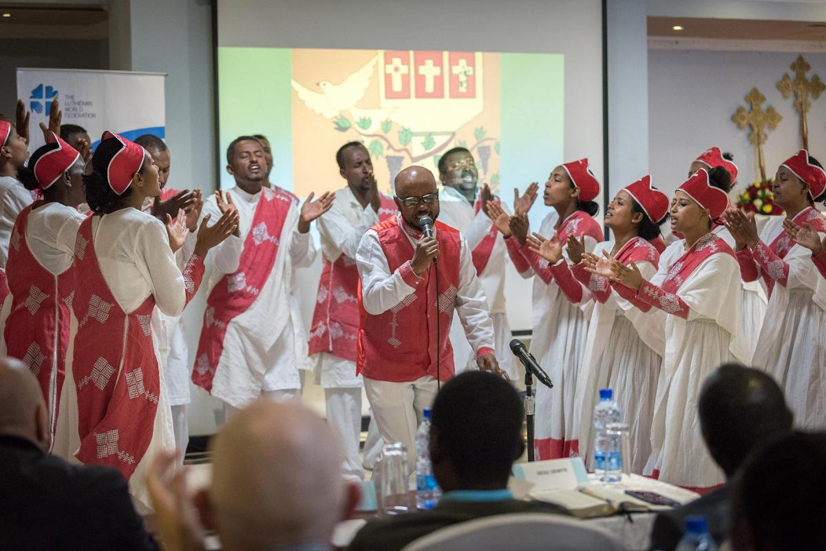 A vibrant performance by the Yetsedik Tsehay choir of the Ethiopian Evangelical Church Mekane Yesus set the stage, as the consultation 'We believe in the Holy Spirit: Global Perspectives on Lutheran Identities'  opened. Photo: LWF/Albin Hillert