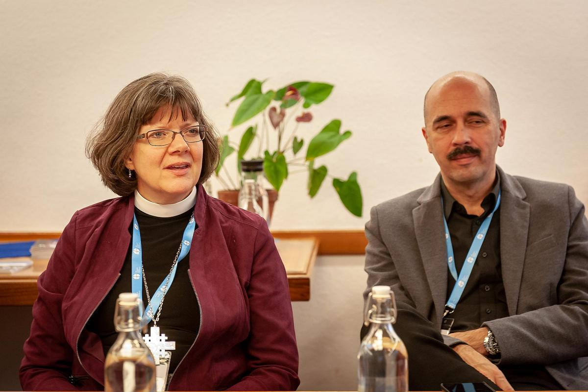 From left to right: Katherine Finegan (USA) and Péter Kondor (Hungary) during the RoNEL meeting in the Ecumenical Center, Geneva, 19-23 November 2018. Photo: LWF/A. Danielsson