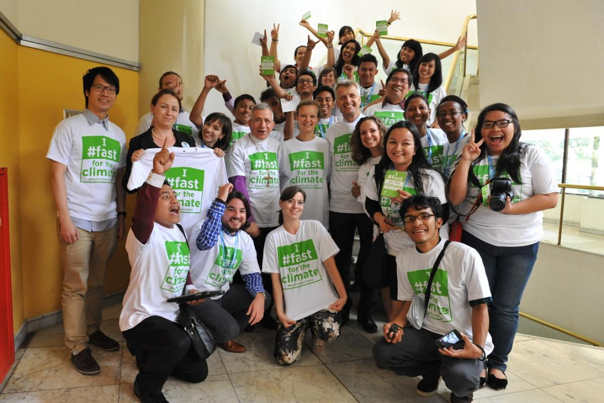 Youth were among those at Council 2014 who showed solidarity with people affected by climate change by joining the #fastfortheclimate. Photo: LWF/M. Renaux
