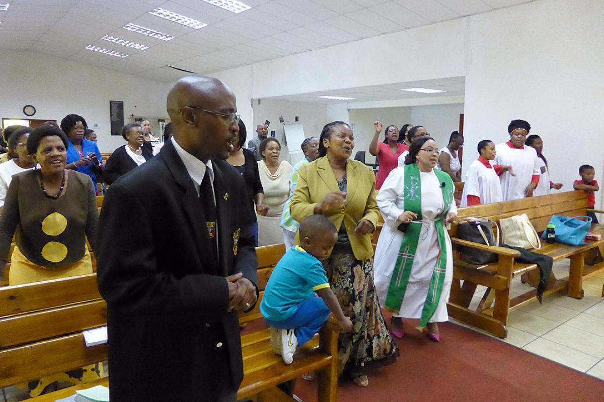 Worship, Regional Workshop on Gender Justice, Hermeneutics and Development, Johannesburg, November 2014. Photo: LWF/E. Neuenfeldt