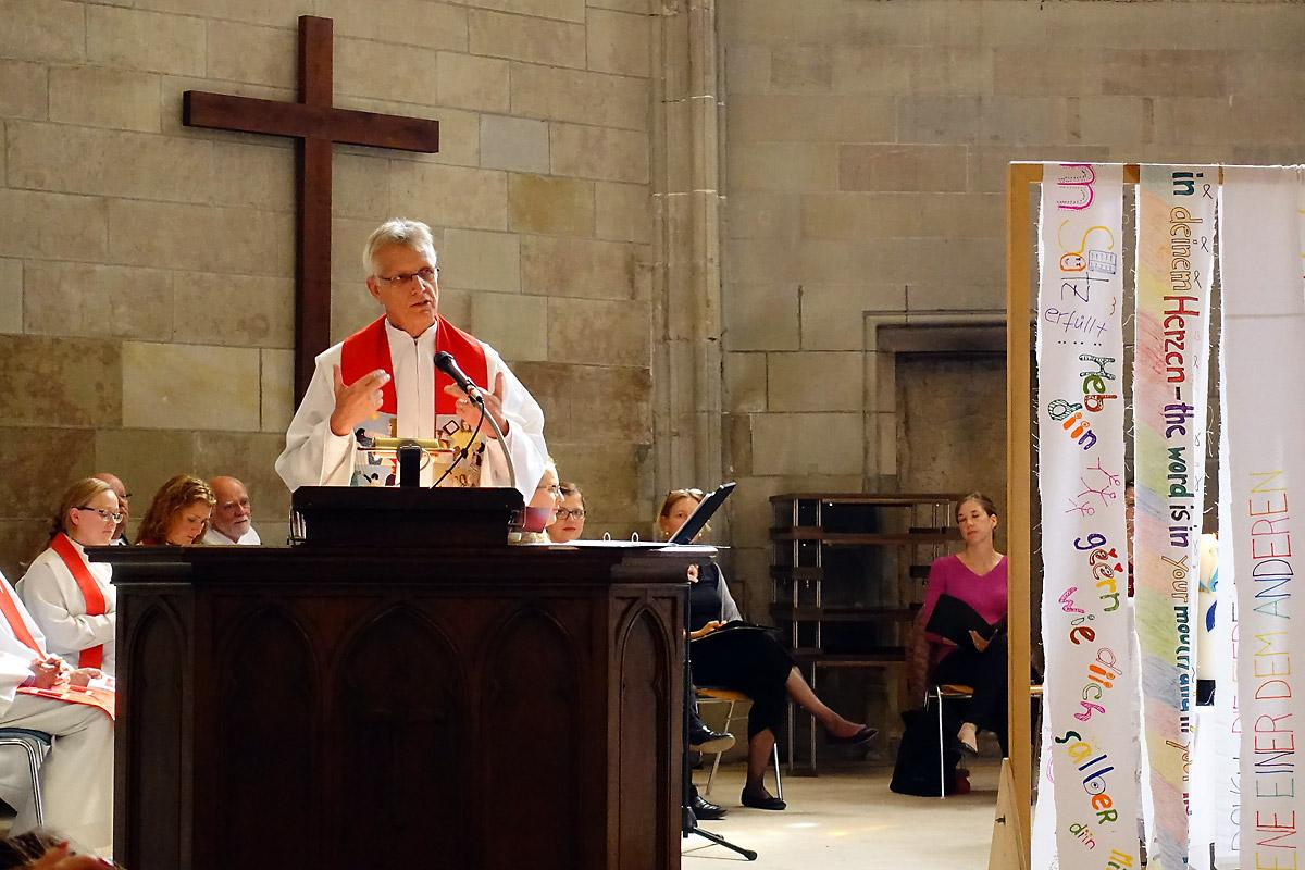 LWF General Secretary Rev. Dr Martin delivers the sermon at the eucharistic service for the 500th anniversary of the Reformation and 50 years of the Federation of Lutheran Churches in Switzerland and the Principality of Liechtenstein. Photo: LWF/A. Danielsson