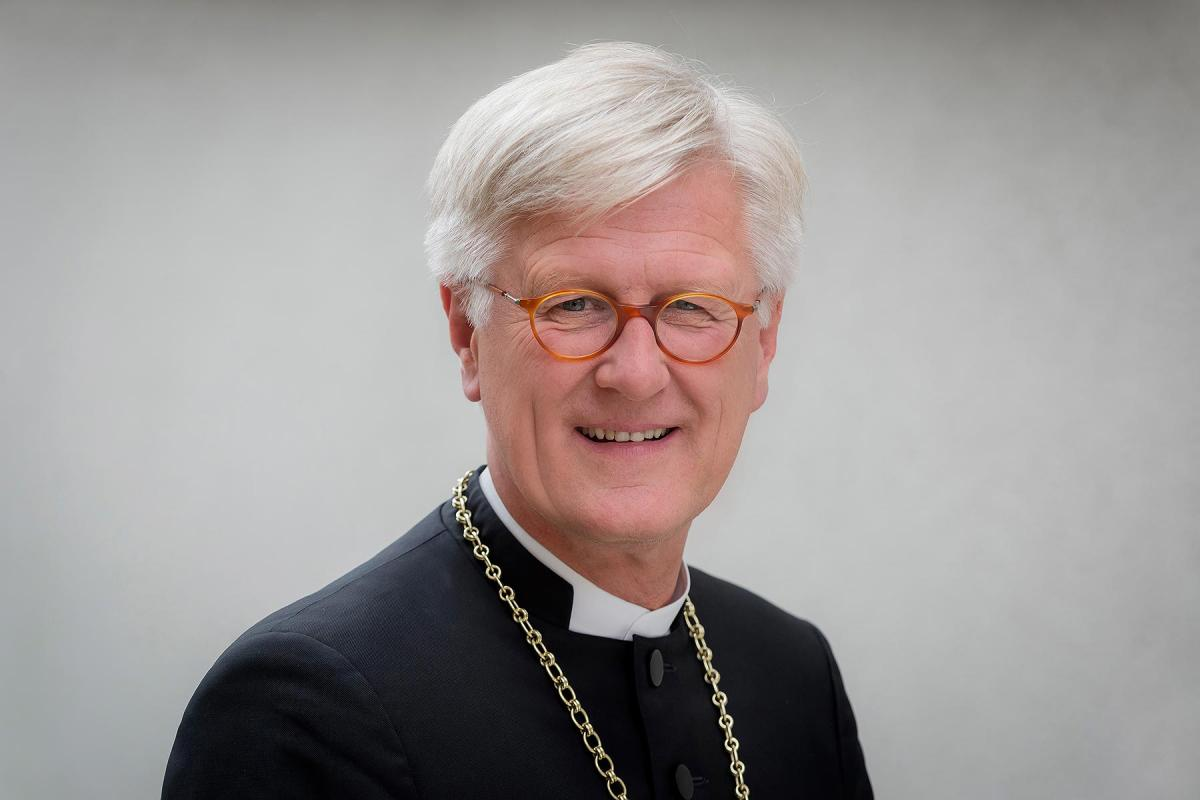 Heinrich Bedford-Strohm, Chair of the Council of the EKD and Bishop of the Evangelical Lutheran Church in Bavaria, receives death threats for his stand on the sea rescue of refugees in the Mediterranean. Photo: ELKB/Rost