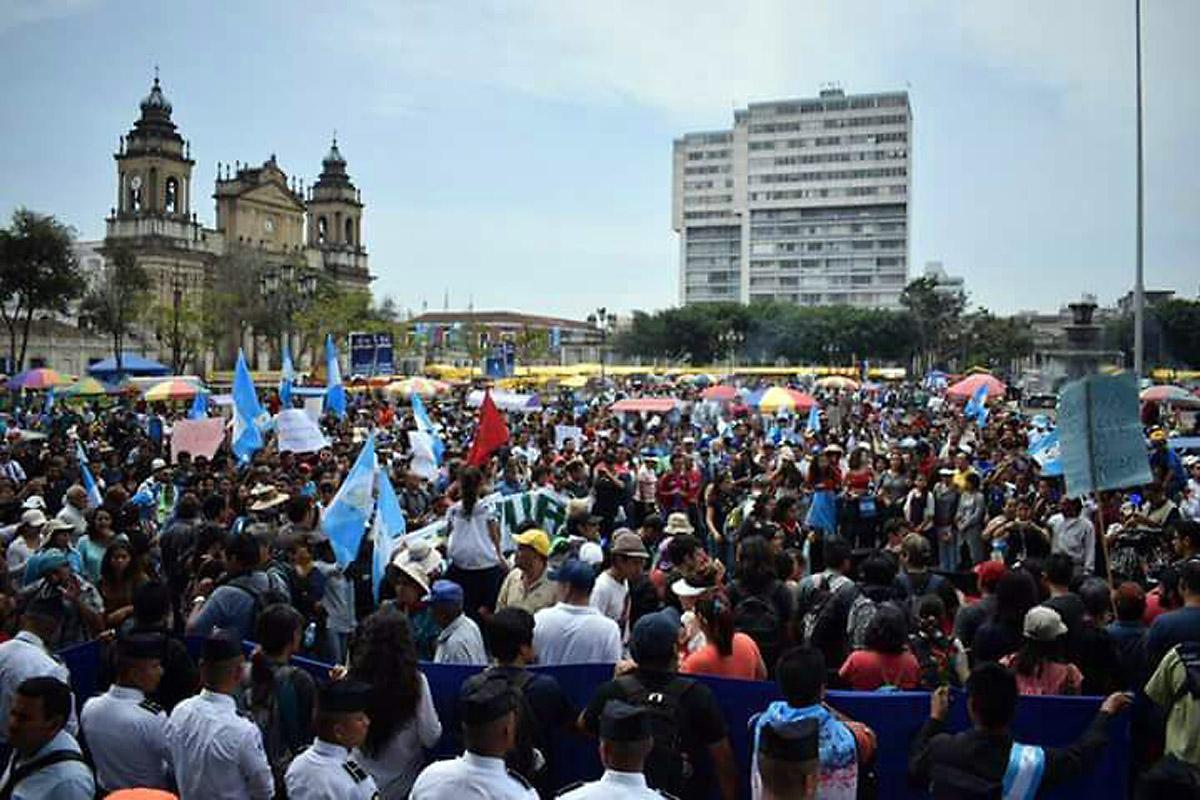 Demonstrators in Guatemala City. Photo: José Pilar Cabrera