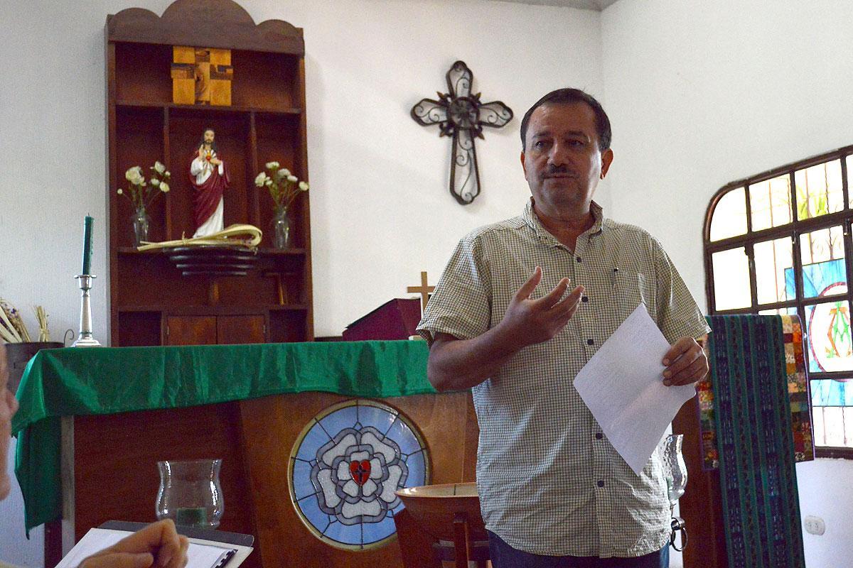 President Rev. José Pilar Cabrera of the LWF member church ILUGUA, which also belongs to the Communion of Lutheran Churches in Guatemala. Photo: ILUGUA