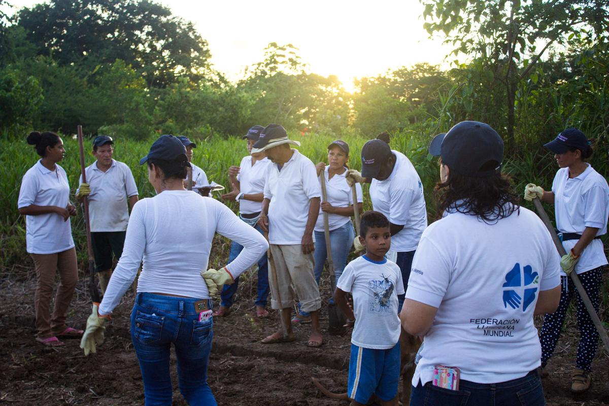 In Colombia, the LWF helped increase the resilience of communities living in informal migrant settlements through activities that promote environmental stewardship. Photo: LWF Colombia/Diego Alvarez Ramirez