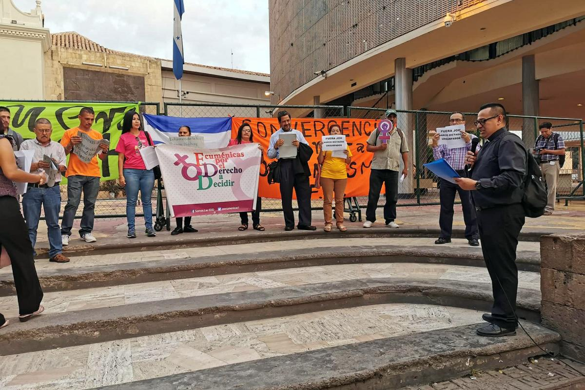 Members of the Christian Lutheran church of Honduras hold regular demonstrations calling for justice and an end to corruption. Photo: ICLH