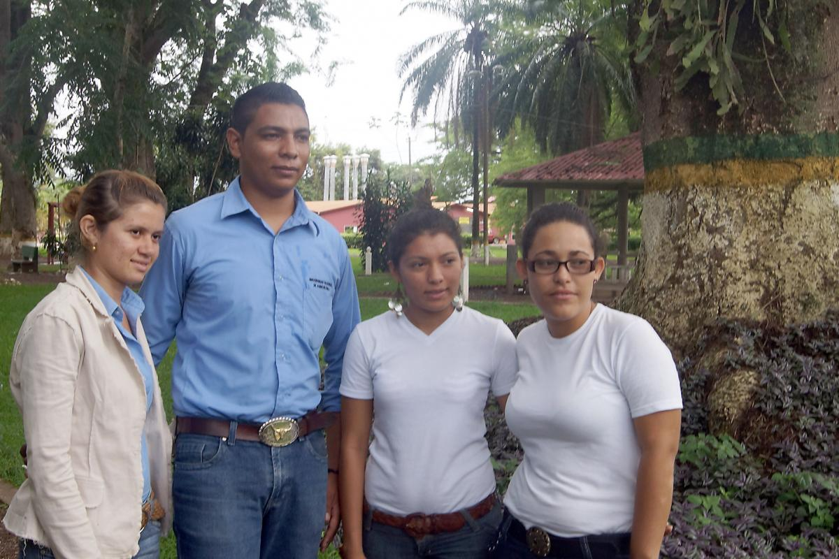 A group of participants in the LWF-run PACOS course. Photo: LWF Central America/M. Salinas