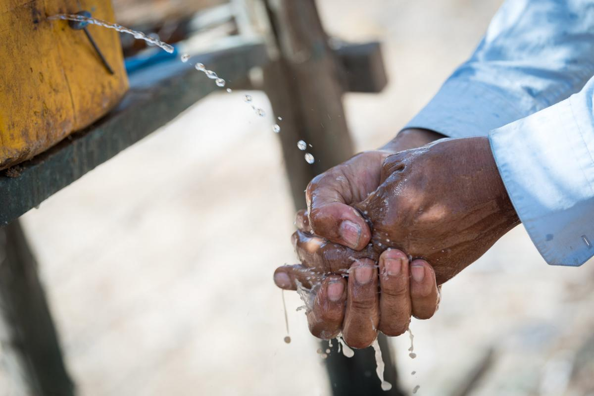LWF's humanitarian and development work in Ethiopia includes provision of potable water to communities displaced by drought or conflict. Photo: LWF/Albin Hillert
