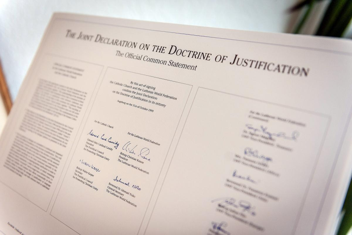 A facsimile of the Official Common Statement of the JDDJ. Photo: LWF/S. Gallay