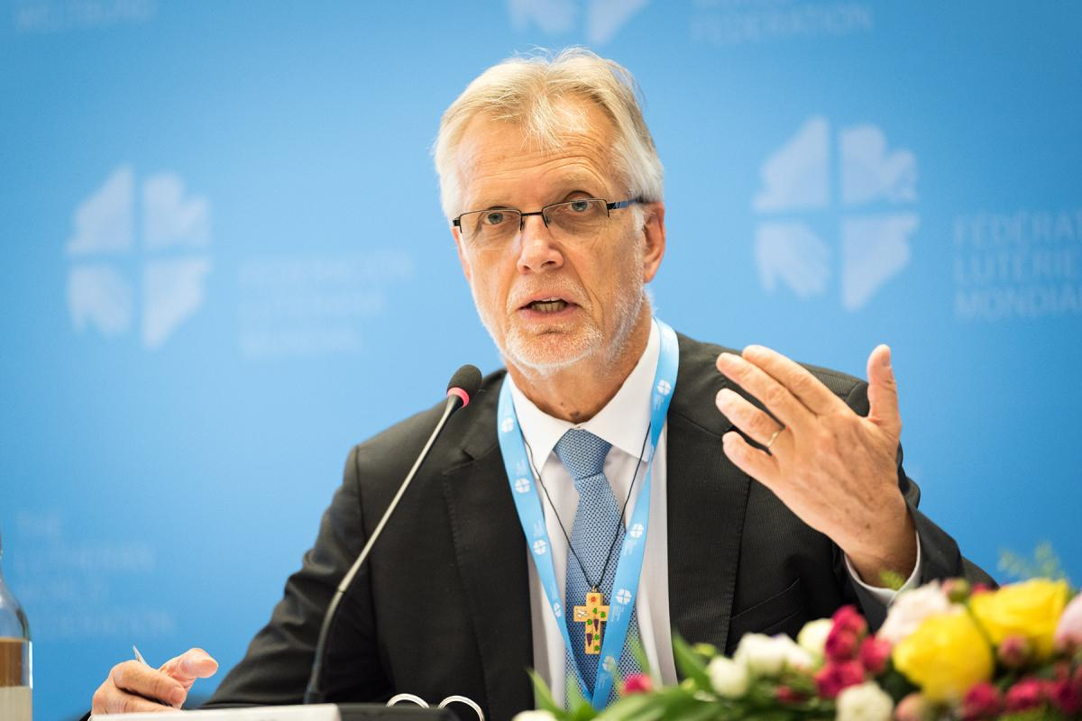 LWF general secretary Rev. Dr Martin Junge speaks at the LWF Council meeting in 2018 . Photo: Albin Hillert/LWF