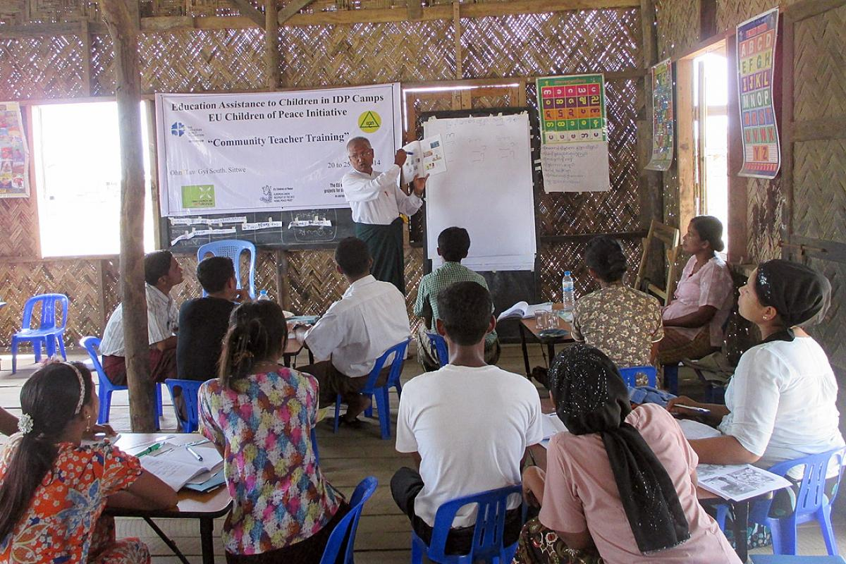 Community-school teacher training for the Children of Peace project in Sittwe. Photo: LWF Myanmar