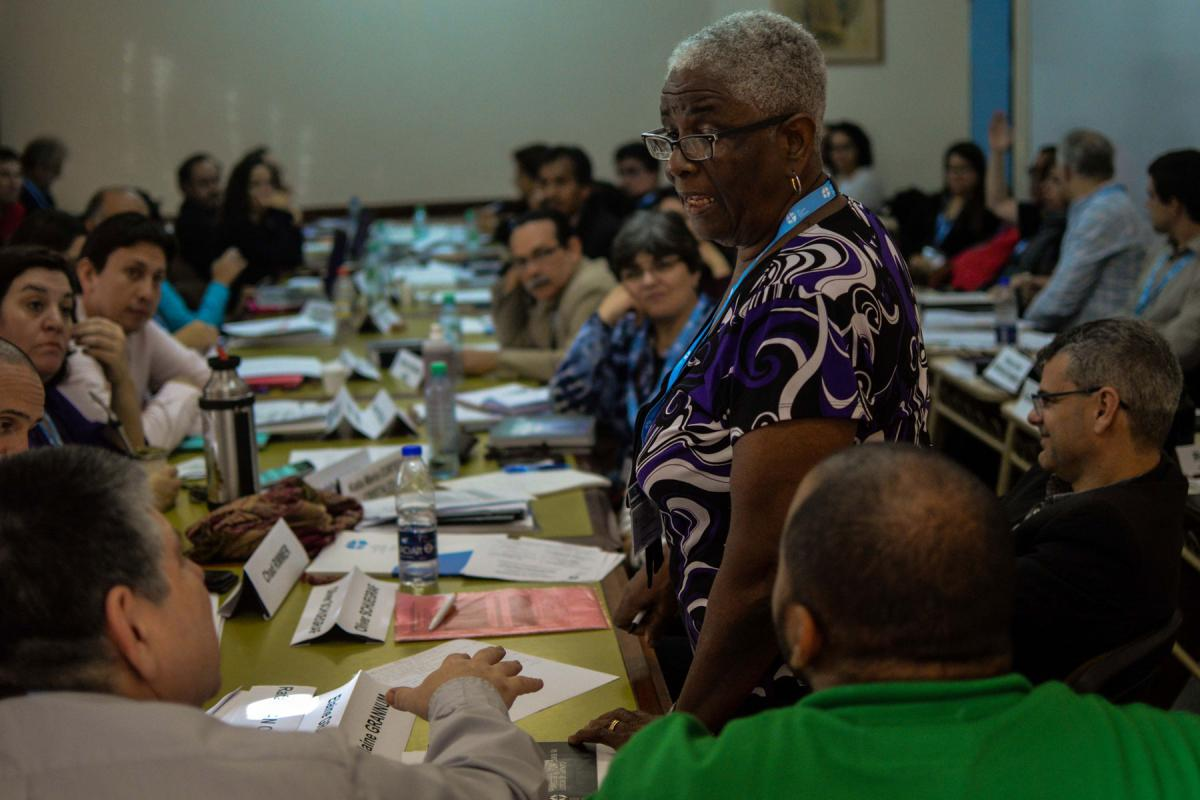 Deacon Elaine Grannum from the Evangelical Lutheran Church in Guyana addressing participants on issues of mission in the LAC and North America Leadership Conference 2018.  Photo: LWF/Eugenio Albrecht