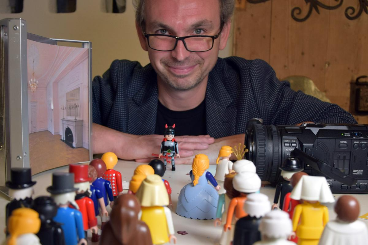 German Youtuber Michael Sommer presents Biblical books with Playmobil figures. Photo: GEP, Klaus Wankmiller