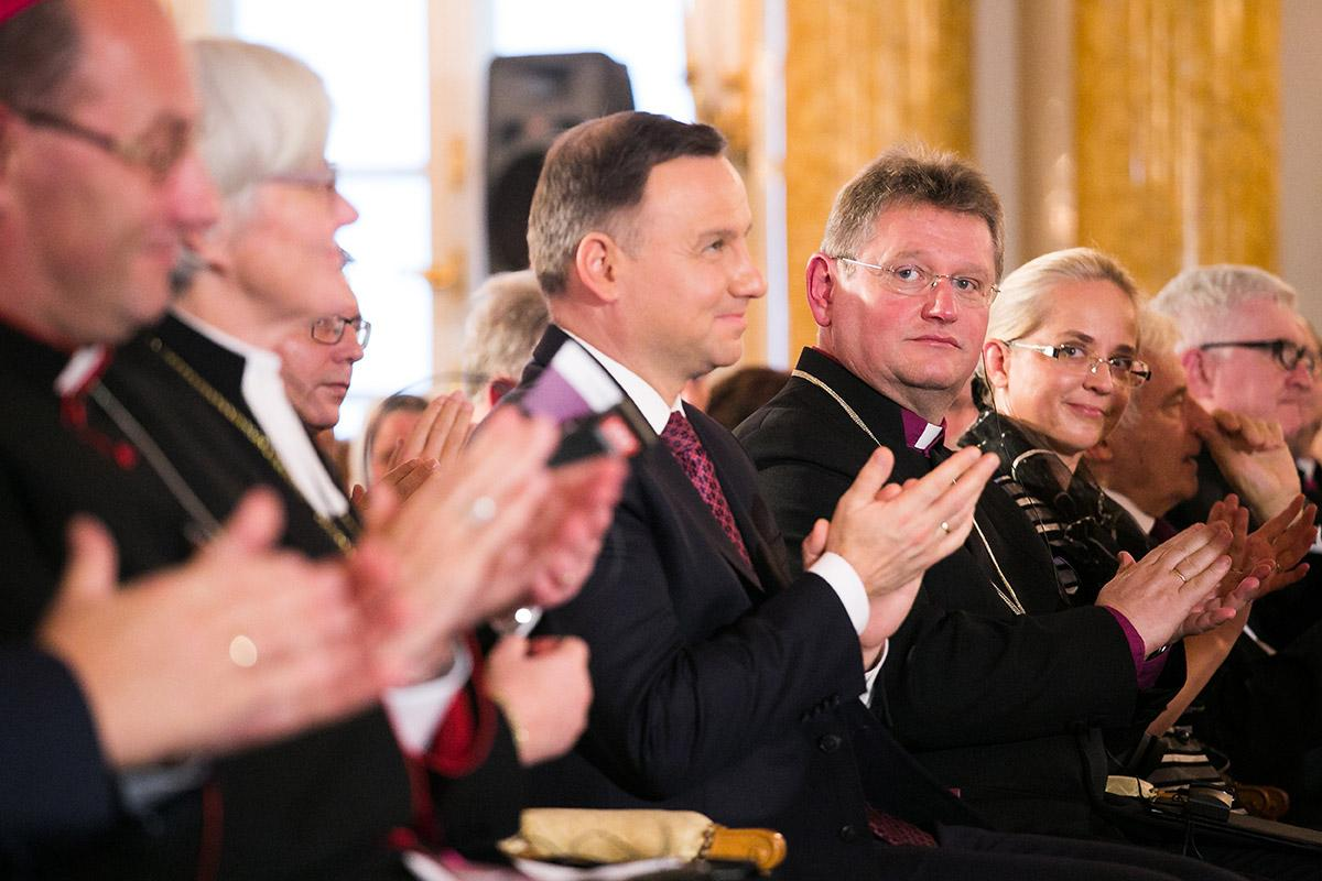 Presiding Bishop Jerzy Samiec (fourth from right) and other church leaders during the Reformation 500 commemoration in Poland. Photo: ELCAC